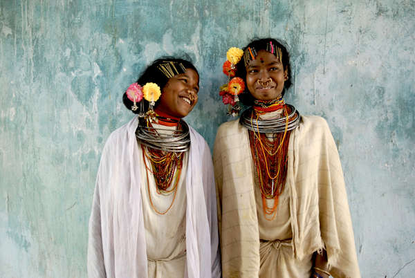 """""""Nosotros hemos nacido en esta tierra, y esta tierra es nuestra. Niyamgiri nos pertenece""""— Laksa Majhi"""