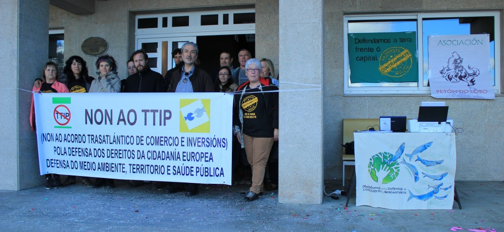 SINATURAS EN CONTRA DO TTIP 020